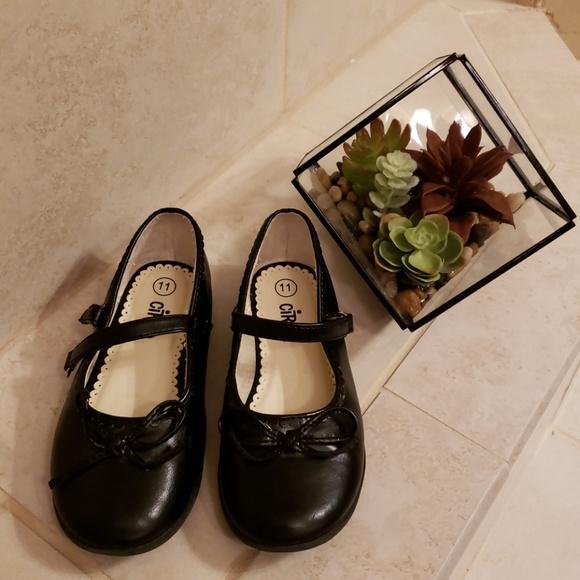 Circo Shoes | New Girls Dress Size 11